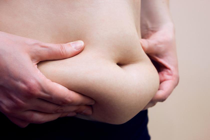 5 otthon elvégezhető gyakorlat, ami eltünteti a hasi zsírt