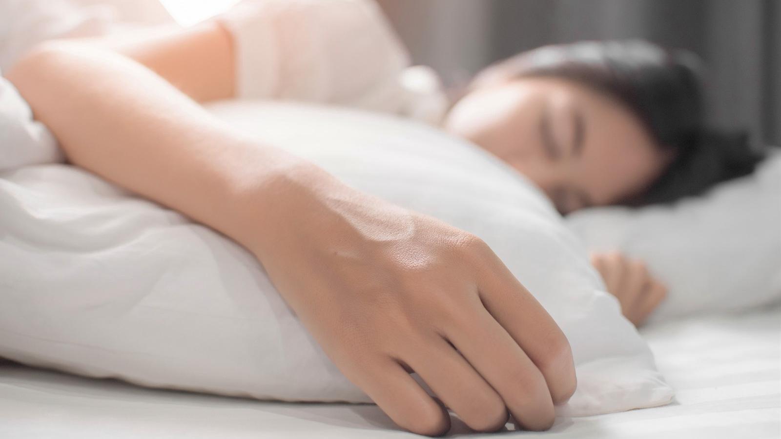 Te is alulteljesítesz? Ennyi alvás kellene ahhoz, hogy beinduljon a fogyás