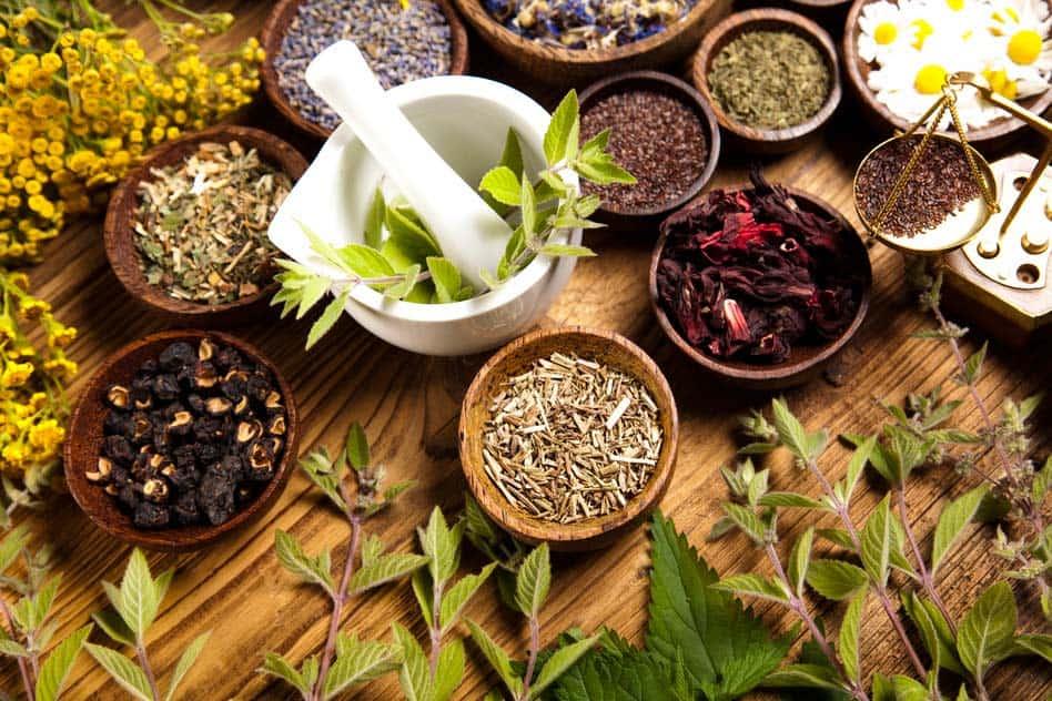 Az 5 legjobb gyógynövény a karcsúság eléréséhez