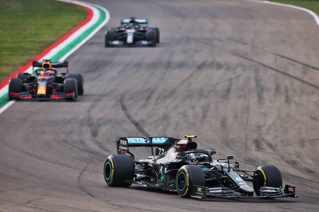 F1 pilóta fogyás Fogyni szeretnél? Reggelizz bőségesen!   Az online férfimagazin