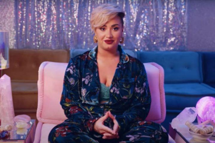 Rá sem ismerni, egy hónap alatt fogyott bombázóvá Demi Lovato - Fotó