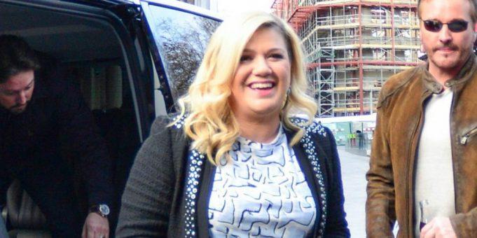 Elképesztő: 17 kilót fogyott Kelly Clarkson – fotók