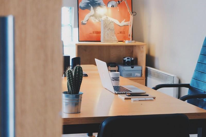fogyás álló íróasztal segítségével fogyókúra egészséges extrák
